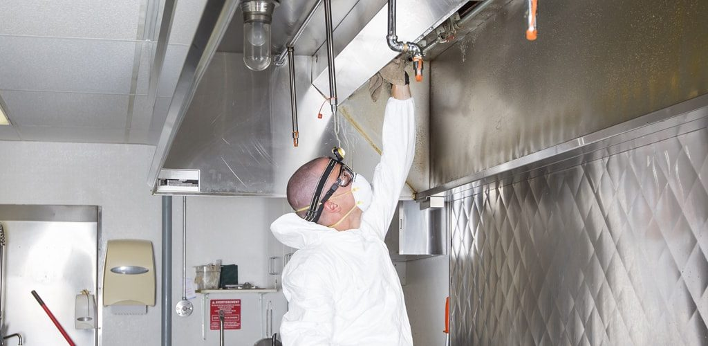 C02-commercial-cleaning-contractor-in-florida-fl-min
