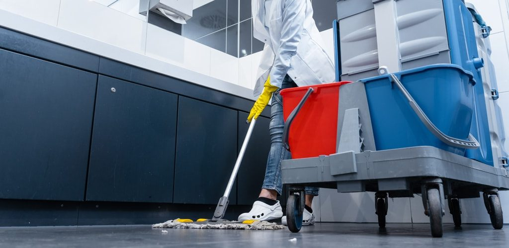 C07-commercial-machine-cleaning-florida-fl-min